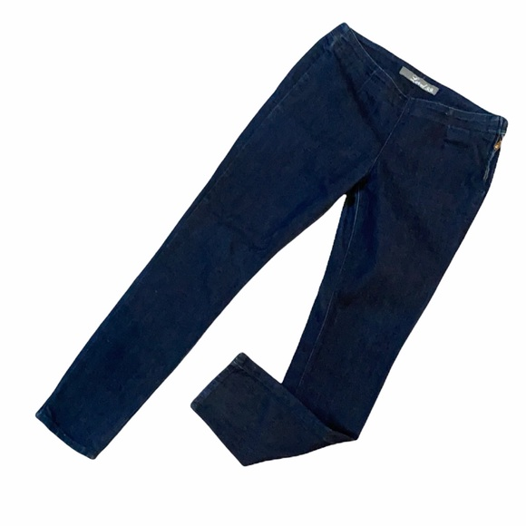 Level 99 size 28 skinny flat front jeans